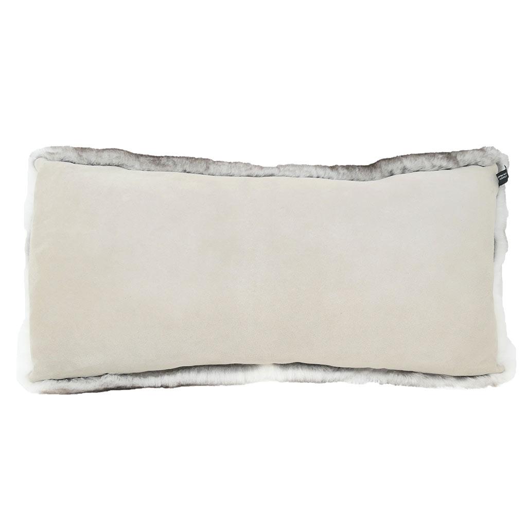 Fur Cushion gris naturel verso Caresse Orylag