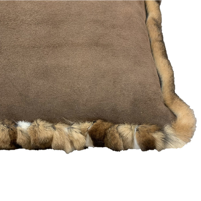 Fur Cushion patchwork gris verso Caresse Orylag