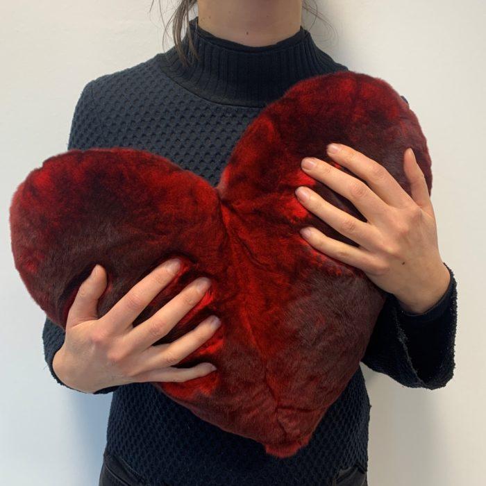 Fur red Heart Cushion Dimensions